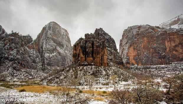 High Dynamic Range photo of Zion National Park