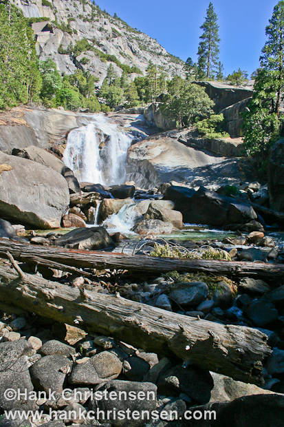 Mist Falls is situated along the south fork of the King\'s River as it flows down from the Sierra Nevada high country, Kings Canyon National Park